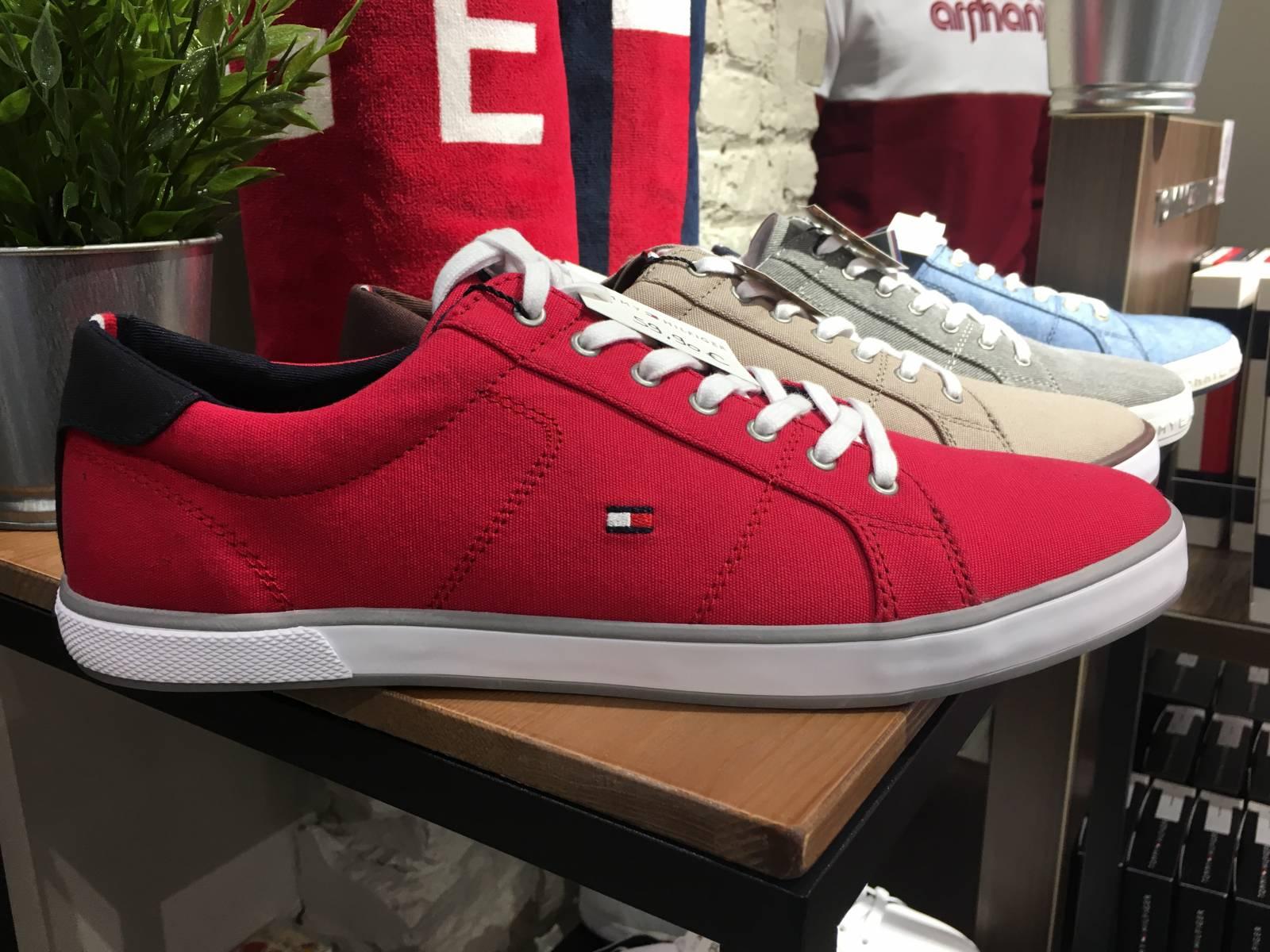 chaussures hommes et femme dieppe sneakers et chaussures habill es urban chic boutique. Black Bedroom Furniture Sets. Home Design Ideas